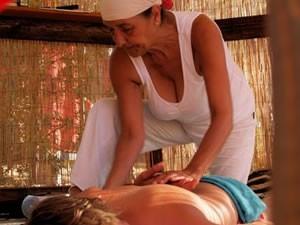 yoga-en-wellness2-amfibie-treks-vancanze-sardinie