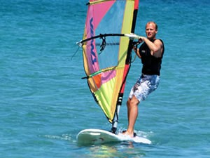 windsurfen1-amfibie-treks-vancanze-sardinie